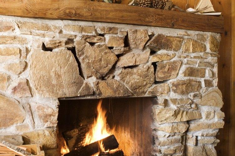 C mo limpiar una chimenea con entorno de piedra - Como limpiar chimenea ...