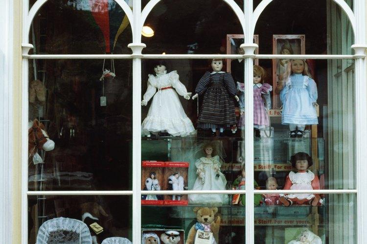 Vender juguetes, una opción más para una madre soltera.