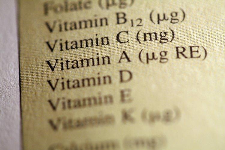 Las vitaminas del complejo B mejoran el estado de alerta del niño y se centran, dice Brown. Varios estudios han demostrado que los niños que ingirieron suplementos de vitamina B tenían un coeficiente intelectual más alto que los que no lo hicieron.