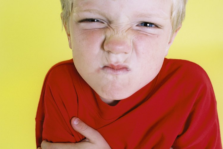 Enséñale a tu niño cómo saber que está molesto.
