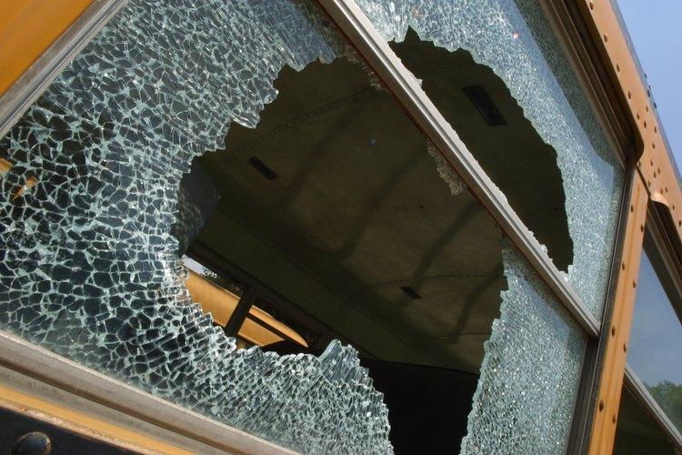 """Los daños en propiedad ajena son conocidos comúnmente como """"vandalismo""""."""