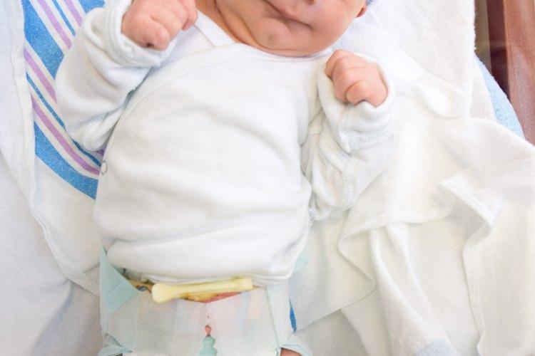 Los recién nacidos no dejan de comer sin una razón.