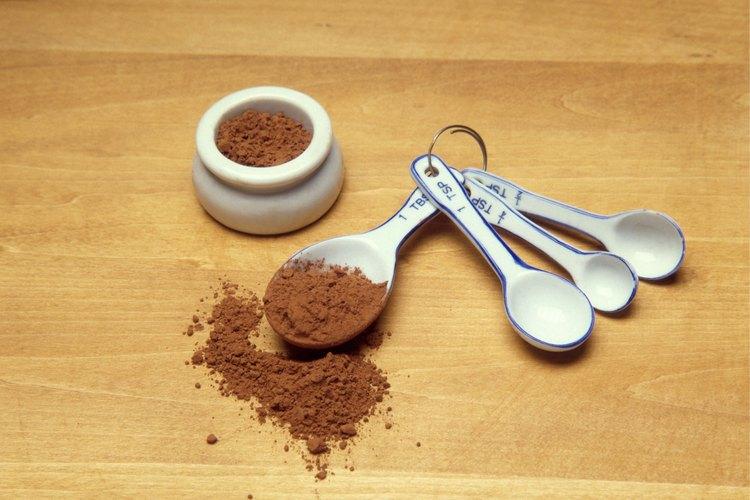 Haz una deliciosa fondue con cacao en polvo.