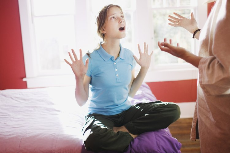 Usar malas palabras en casa muestra un comportamiento cuestionable.