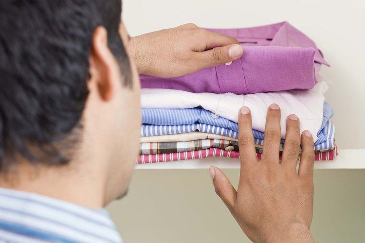 Algunas camisas se encojen, sin importar el cuidado con que las tratas.