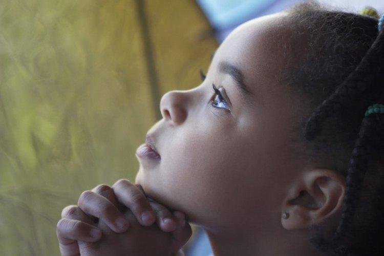 Si te gusta mucho trabajar con niños y te gustaría involucrarte más en las actividades de tu iglesia, puedes considerar ser la maestra de la escuela dominical.