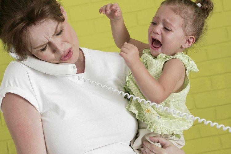 Al actuar, tu niño pequeño puede estar tratando de decirte algo.