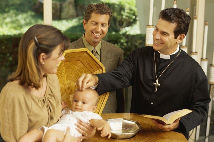 Prepárate para el bautizo de tu bebé.