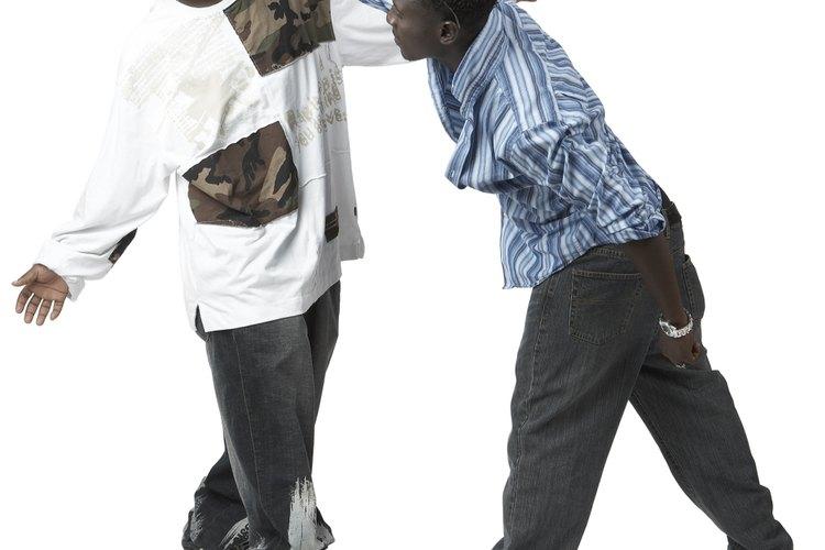 El asesoramiento es eficaz para los adolescentes con conductas antisociales, incluyendo aquellos con diagnóstico de trastorno de conducta y trastorno de personalidad antisocial.