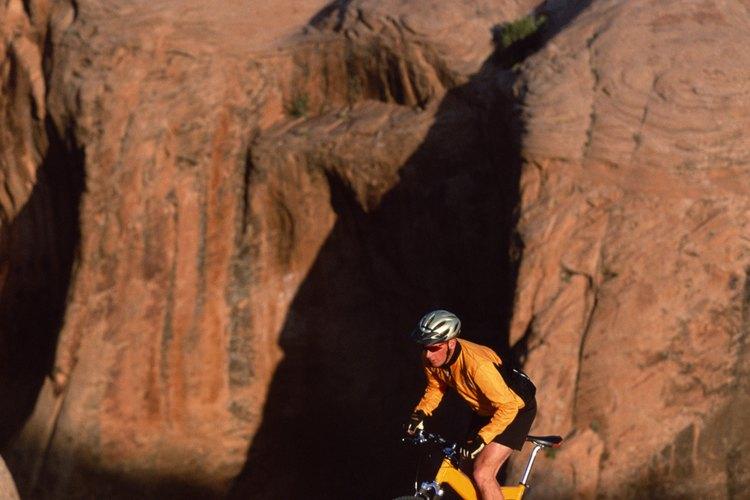 Moab's Slickrock Trail, es uno de los caminos más renombrados para hacer bicicleta de montaña.