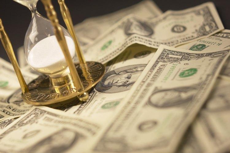 Hay varias herramientas financieras disponibles para que una empresa experimente una escasez temporal de efectivo.