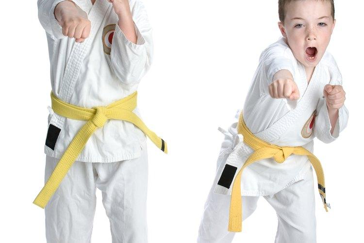 Tomar lecciones de karate es una opción de actividad bajo techo en Syracuse.