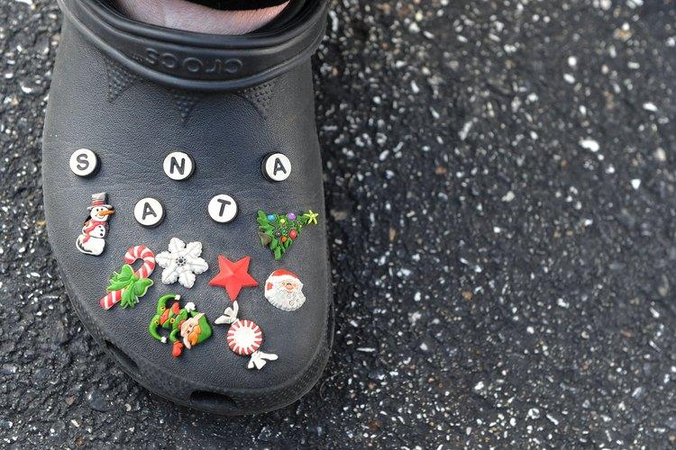 Los jibbitz se pueden usar en Crocs de niños y de adultos.