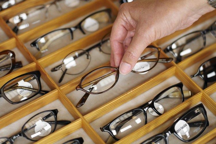 Las gafas se deben elegir de acuerdo a la forma de la cara.