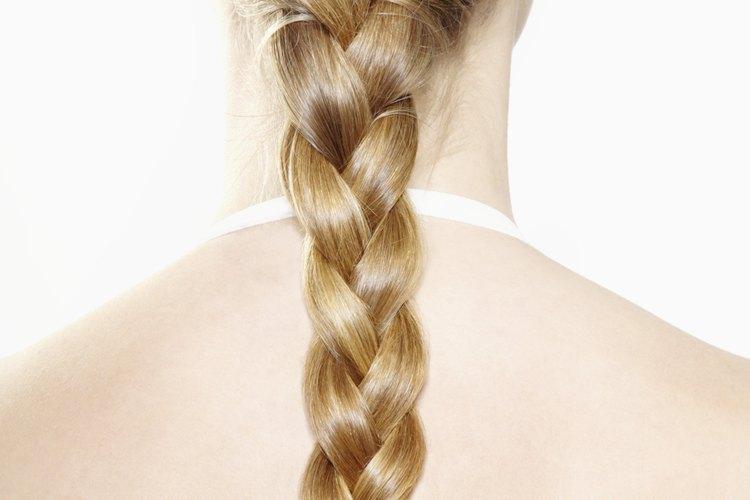 Ten tu cabello sedoso con un tratamiento de seda.