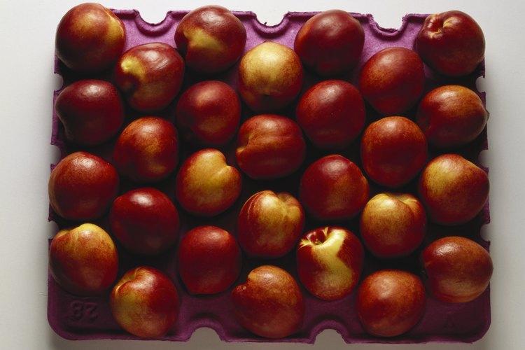 Las nectarinas y los melocotones tienen un aspecto similar.