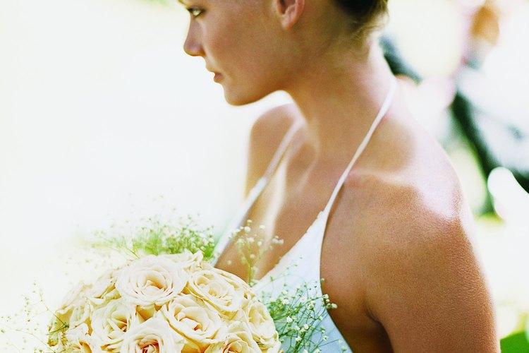 ¡Atrapar el ramo de la novia es de buena suerte para quien lo recibe!