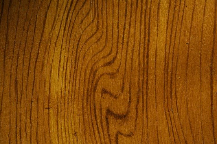 La madera debe ser sellada si se deja en exteriores.