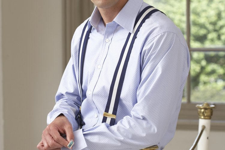 Un cuello de camisa rígido es tan importante como una camisa sin arrugas.