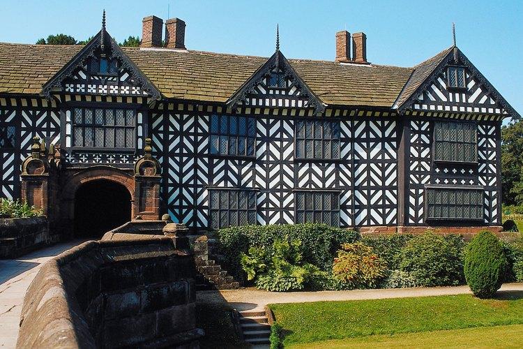 El entramado de la madera es una característica distintiva de las casas Tudor.
