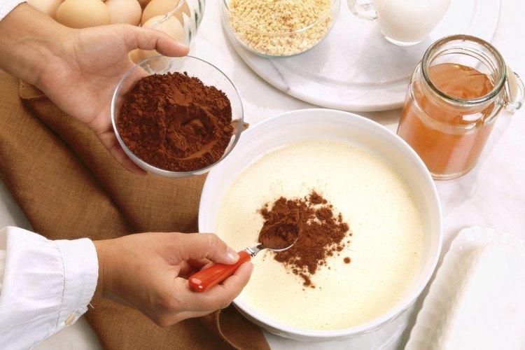 Muele tus propias semillas de cacao en casa.