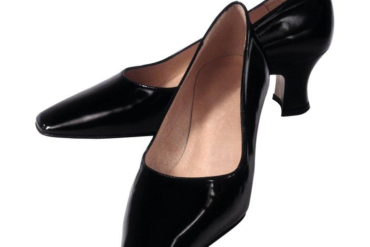 Estos zapatos fueron los más sencillos y de mayor uso durante esta década.