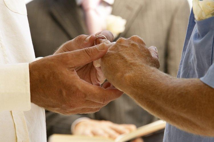 La tradición de intercambiar anillos de bodas se remonta al antiguo Egipto.