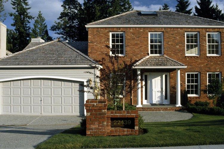 Lubrica regularmente la puerta de tu garaje.