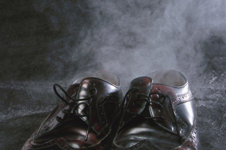El olor desagradable de los zapatos puede invadir todo el armario o la habitación.