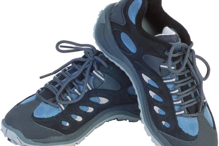 Los zapatos que son grandes pueden ajustarse perfectamente.