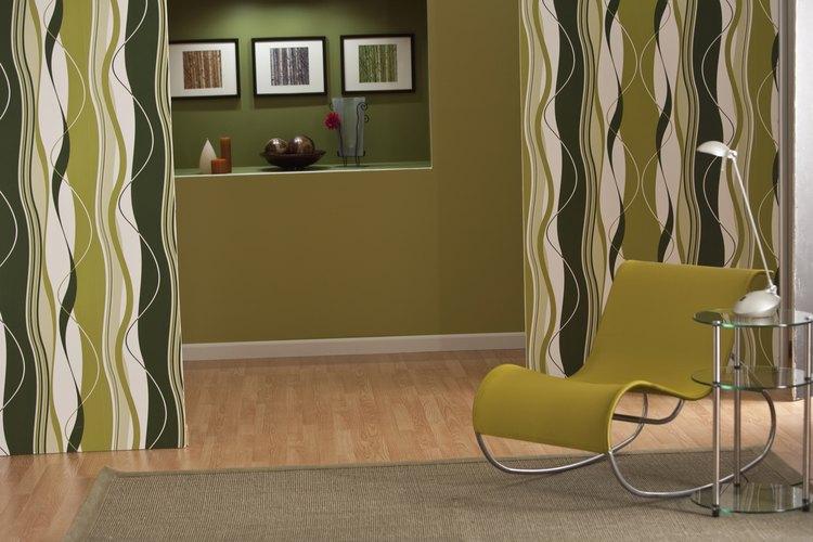 Los colores de la naturaleza lucen bien con pisos de madera.