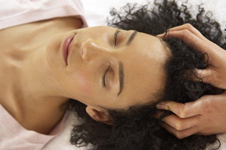 Humectar todo el cabello con sábila es el principio para tener un cabello en crecimiento.