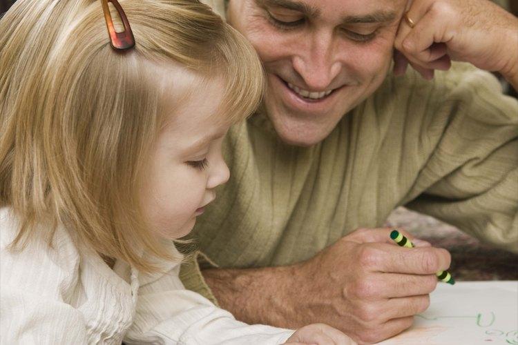Ayuda a los niños a aprender las historias bíblicas con proyectos de manualidades.