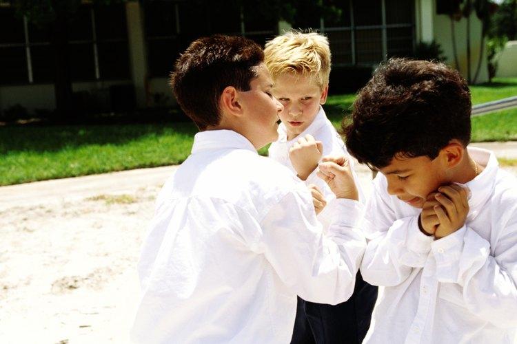 El bullying comienza temprano y tiene consecuencias negativas para el victimario y la víctima.