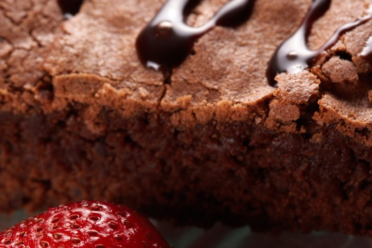 Evita que los bordes de tus brownies se sequen siguiendo algunos pasos simples.