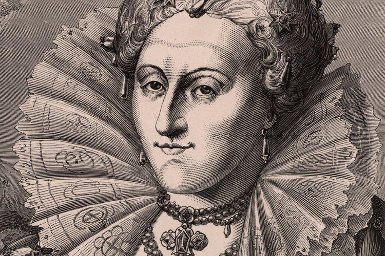 La moda isabelina incluyó telas lujosas como seda y terciopelo.