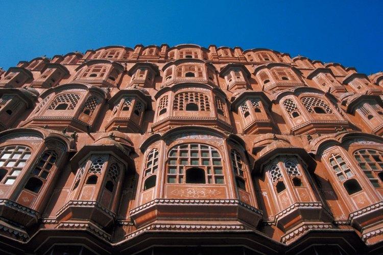 Las ventanas forman o parten un edificio.