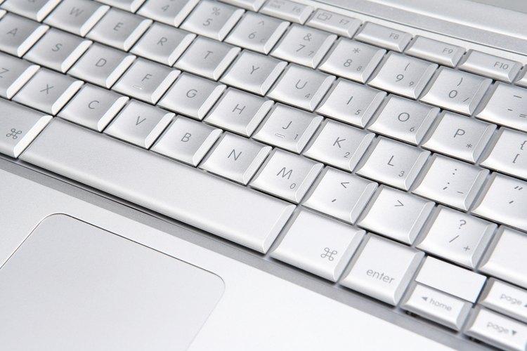 Algunos sitios web ofrecente lecciones interactivas para los niños acerca del uso del teclado.