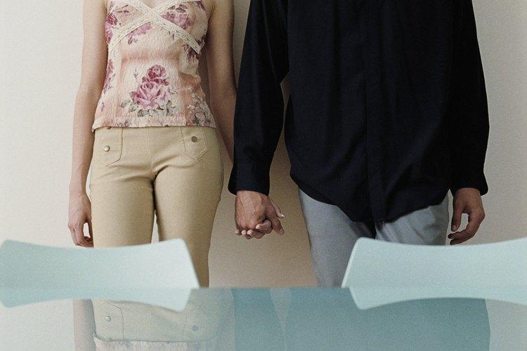 Confía en tu pareja para liberar un poco de tu necesidad emocional.