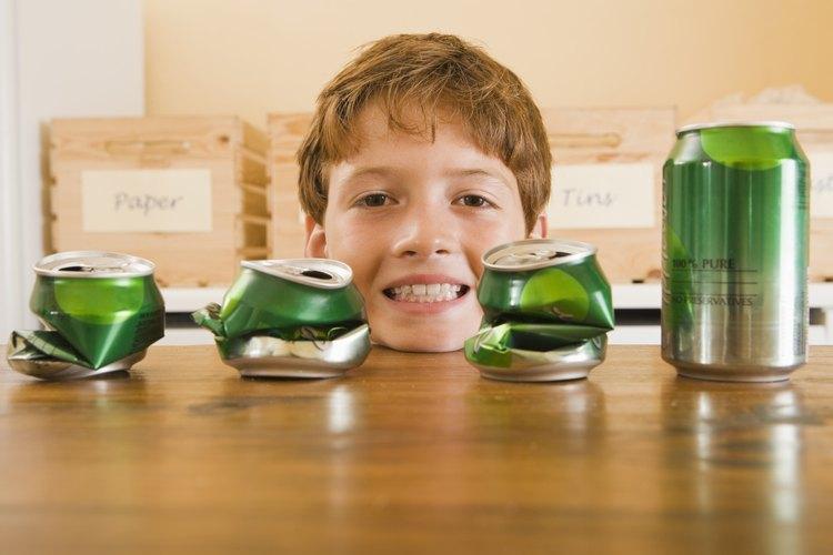 Generalmente hechas de aluminio pesado y de mayor grado, las lengüetas tienden a generar ingresos de reciclaje más fácil y más rentable, en comparación con las latas de aluminio.