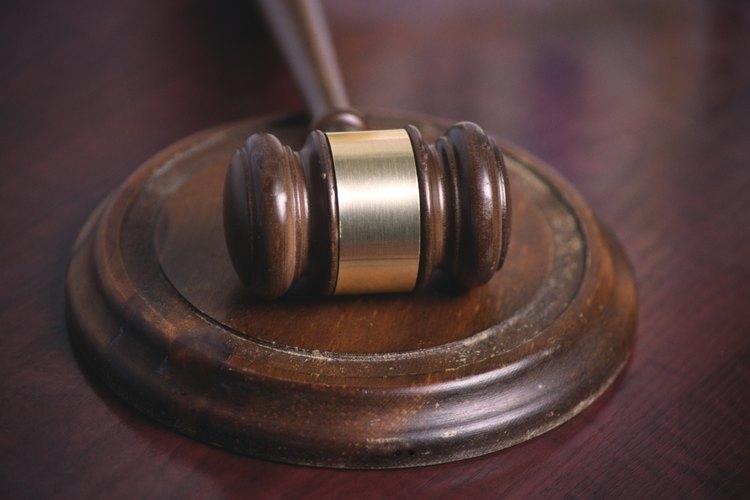 Los peritos pueden ayudar al jurado a decidir sobre un caso complejo.