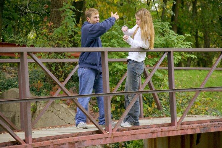 Los adolescentes a menudo actúan bajo sus impulsos antes que considerar las consecuencias.