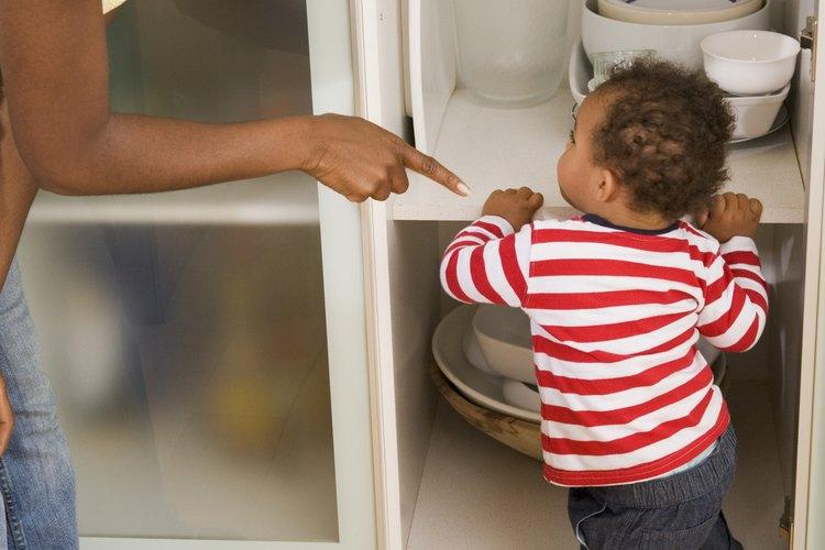 Los niños no van a sobrevivir o prosperar sin límites, explica AskDr.Sears.com.