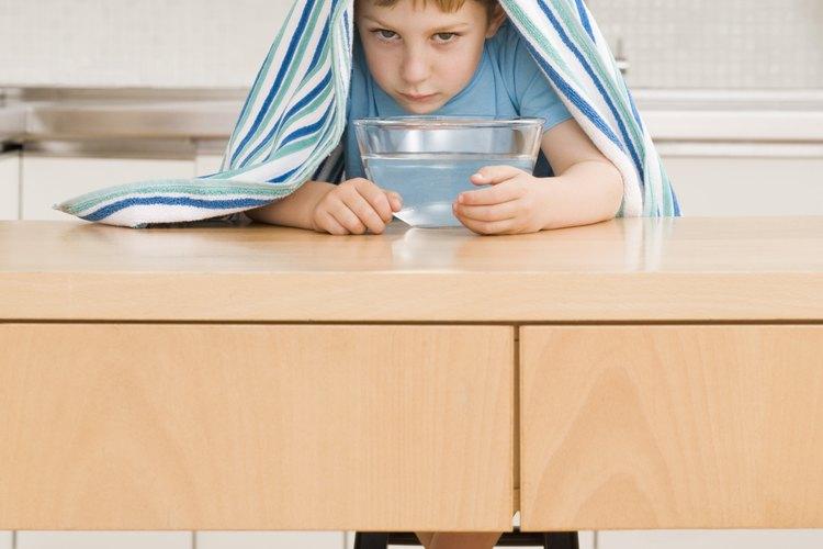 Un humidificador de vapor frío es una mejor opción que uno de vapor caliente para el tratamiento de las enfermedades respiratorias.