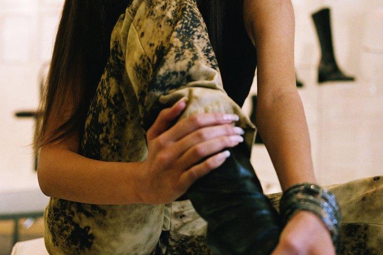 Mantén tu par favorito de botas bajo control para evitar que se hundan.