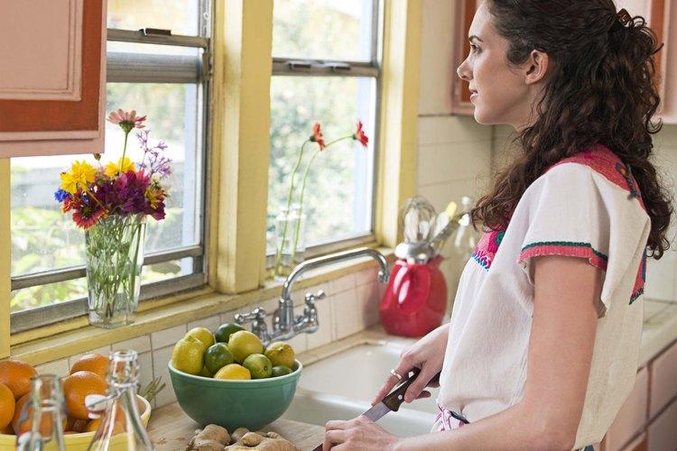 El jugo de limón añade un sabor fresco a las recetas.
