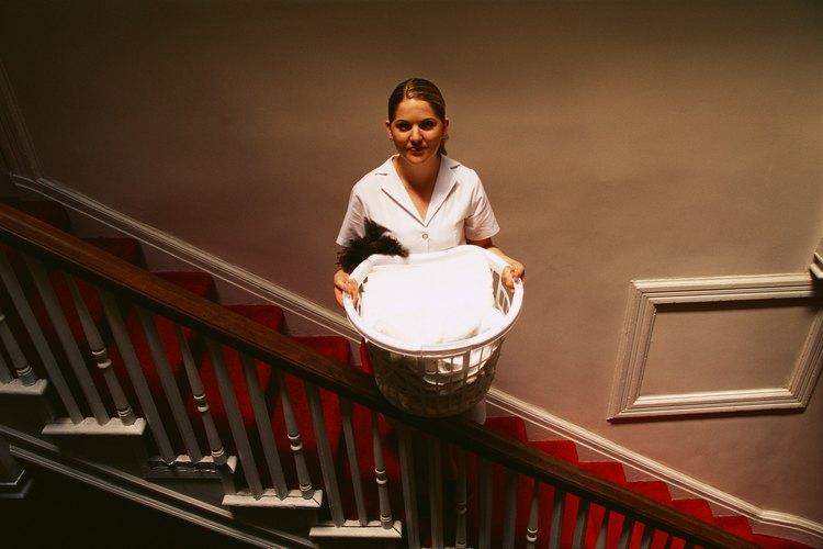 Si el hotel lava la ropa de cama en el lugar, se necesitarán lavadoras y secadoras comerciales de trabajo pesado.