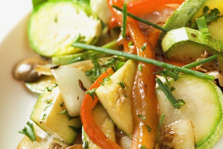 El polvo de cinco especias puede agregarse a cualquier comida frita o cualquier combinación vegetal o de carne.