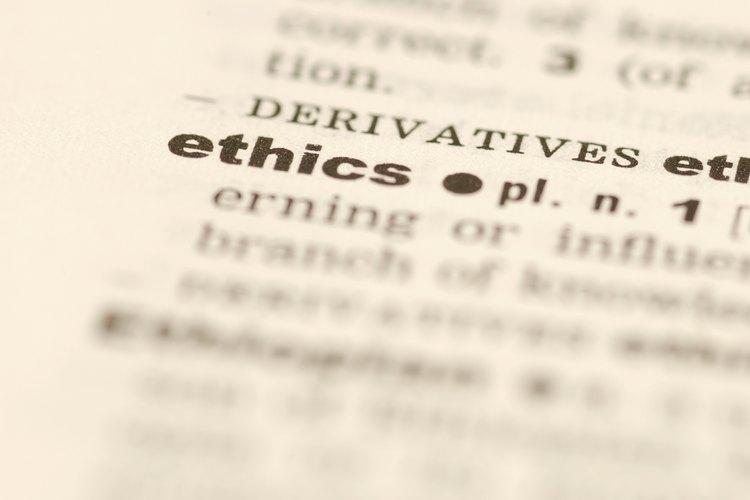 Se debe implantar un código ético y cumplirlo.