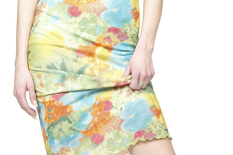 Haz que tu vestido favorito abrace tus curvas en todos los lugares precisos.